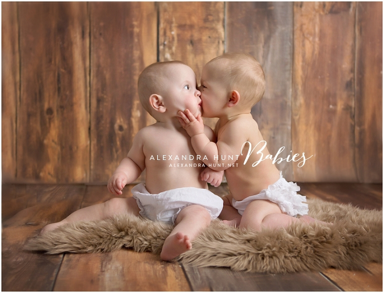 langley twin baby photographer, Alexandra Hunt Photography