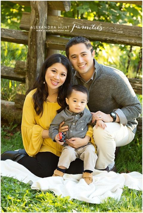 Langley outdoor family photographer, Alexandra Hunt Photographyhttp://www.alexandrahunt.net
